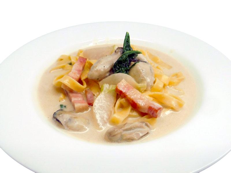 牡蠣とベーコンの味噌クリーム [SeasonPasta]